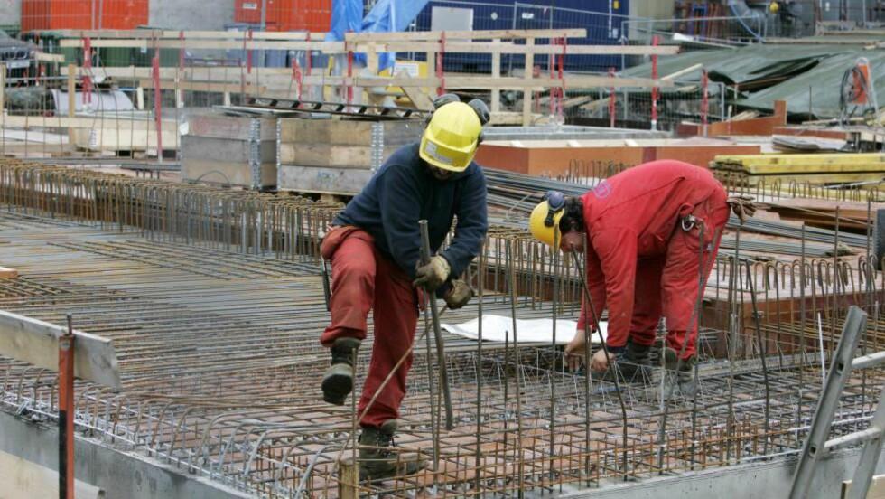 PENSJONSTAPERE: Bygg- og anleggsbransjen tilbyr dårlige pensjonsordninger, viser en kartlegging DNB har gjort. Lavutdannede yrkesgrupper er pensjonstapere. Foto: Tom E. Østhuus