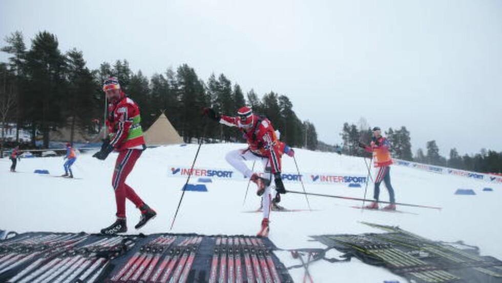 IKKE AKKURAT DEKKET BORD:  Da snøen kom, ble det for vanskelig for smøresjef  Knut Nystad og staben hans å velge skipar. FOTO: Bjørn Langsem / Dagbladet.