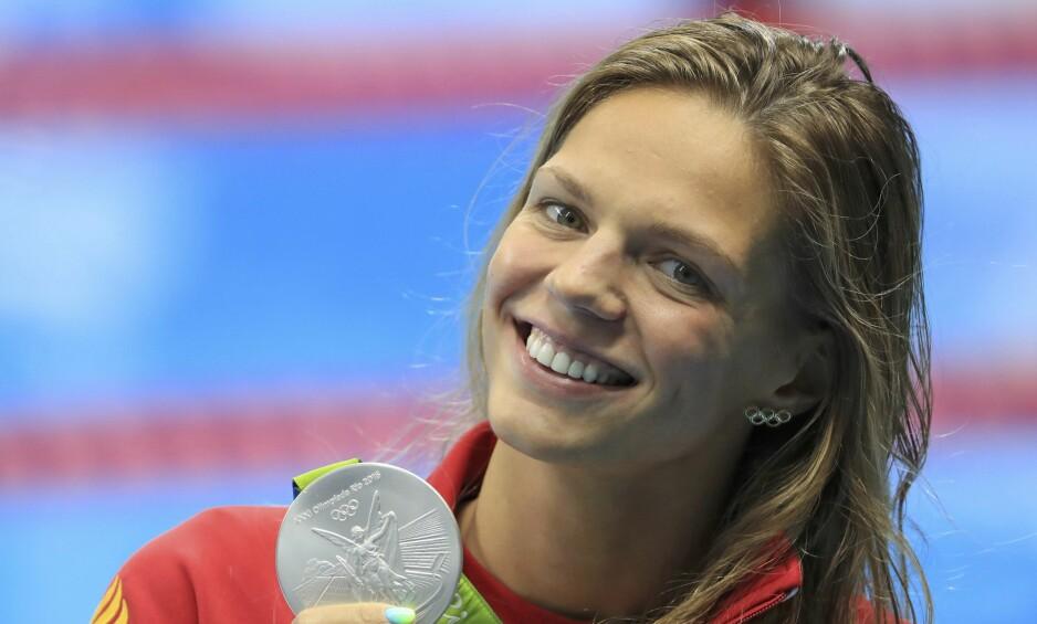 DOBBELT SØLV: Yuliya Efimova sikret seg to sølvmedaljer under OL i Rio, men ble symbolet på tidligere dopingjuksere under mesterskapet. Den russiske jenta, som tidligere har vært utestengt i 16 måneder, ble pepet ut av publikum og skjelt ut av konkurrentene i Brasil. Foto: NTB Scanpix