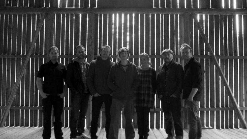 MODEN  DEBUT: The Love Connection albumdebuterer etter ti år som av-og på-band. Foto: Even Finsrud