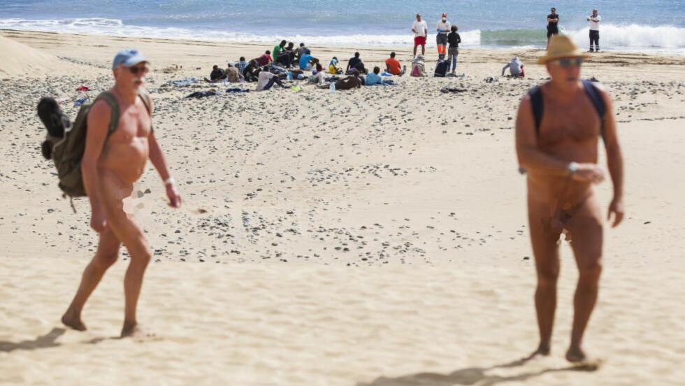 KJENT TURISTSTRAND: Maspalomas er ei kjent strand på Kanariøyene. I går drev flyktninger i land på den. Foto: Reuters / NTB Scanpix