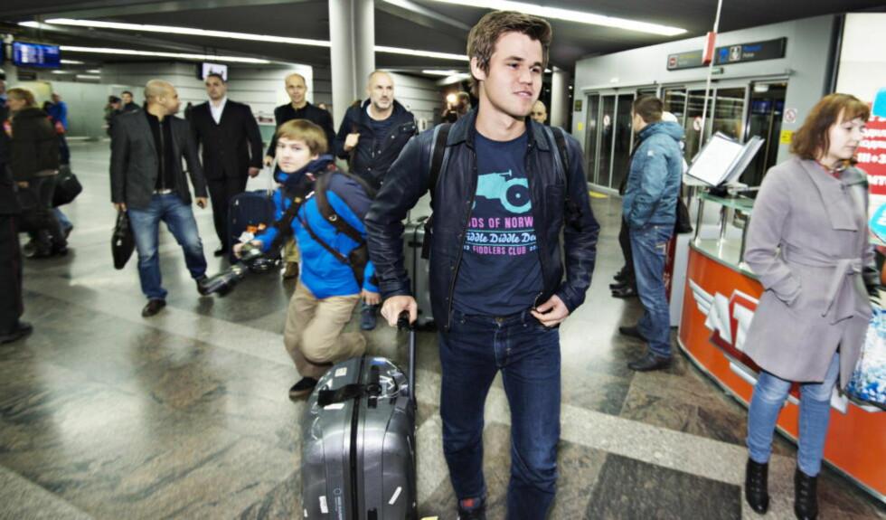 FORSVARER TITTELEN: I morgen går første parti i VM-kampen mellom Magnus Carlsen og Vishy Anand i Sotsji. Foto . Hans Arne Vedlog  / Dagbladet