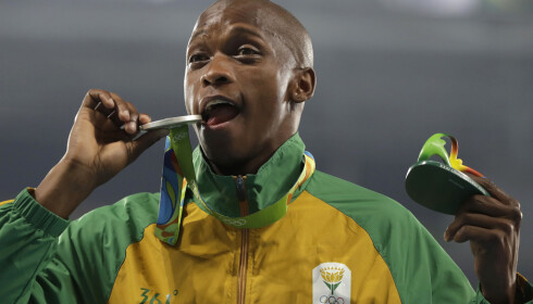 TOK SØLV: I 2012 testet Luvo Manyonga positivt for metamfetamin (!). Fire år seinere, under OL i Rio, tok han sølv i lengdehopp. Foto: AP / Kirsty Wigglesworth / NTB Scanpix