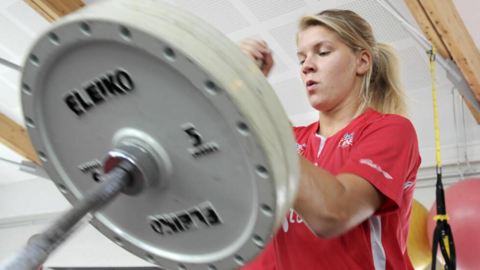 MYE EGENTRENING: Ada Hegerberg har alltid trent mye på egenhånd, og tror det har formet henne som fotballspiller.  Foto: Terje Pedersen / NTB Scanpix