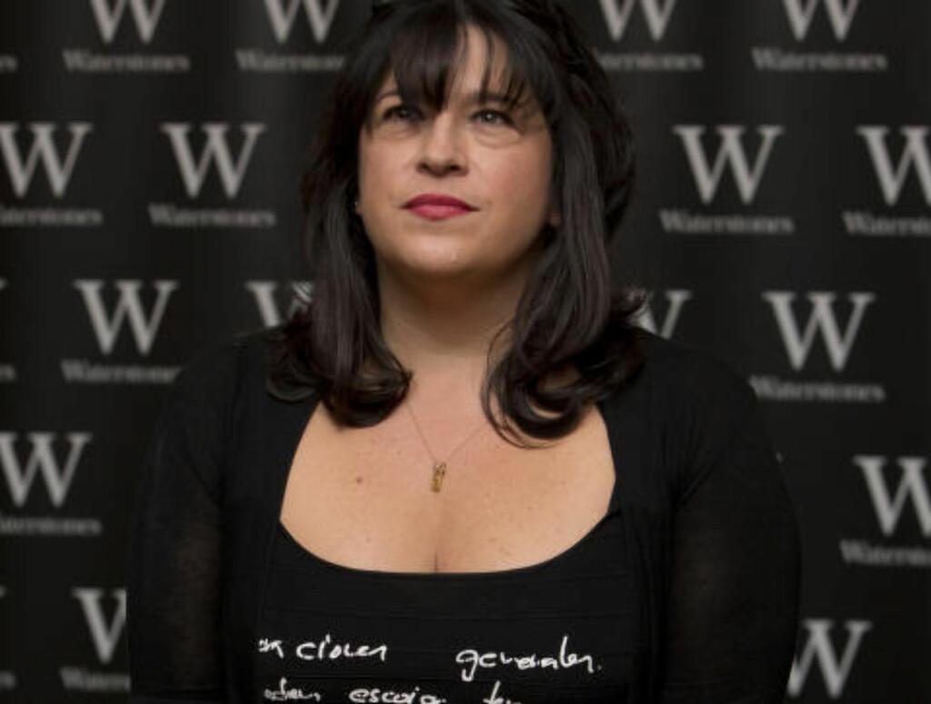 SKREV FIFTY SHADES: E L James begynte også med såkalt fanfiksjon før hennes serie «Fifty Shades of Grey» ble skrevet om til et originalt univers, Bøkene ble en enorm salgssuksess. Foto: NTB Scanpix