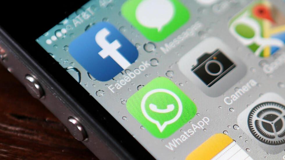 SIKKERHETSHULL:  FireEye har funnet et sikkerhetshull som gjør iPhone-telefoner svært utsatt for såkalte maskerte angrep. Foto: Justin Sullivan/Getty Images/AFP/NTB Scanpix