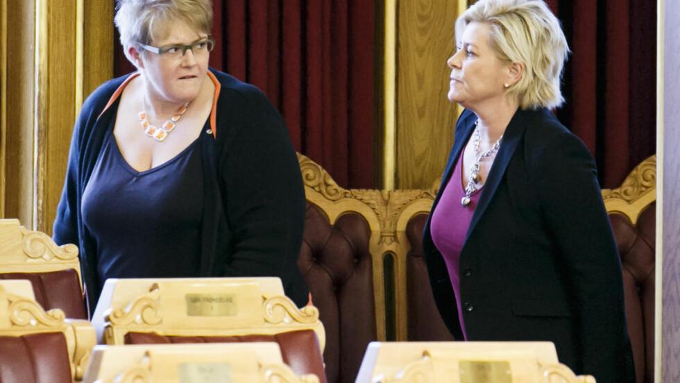 FASTLÅST: Venstre og partileder Trine Skei Grande sliter med å bli enige med Frp og partileder Siv Jensen om statsbudsjettet. Foto: Heiko Junge / NTB scanpix