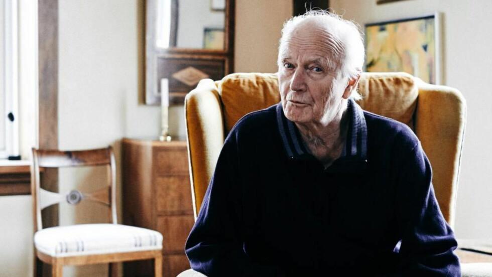 NY HOBBY: Ifølge Jens har Thorvald Stoltenberg sett mer film de siste månedene enn han har gjort hele livet. - Jeg har aldri gått så mye på kino som jeg gjør nå, jeg går på kino minst én gang i uka. Foto: Morten Rakke
