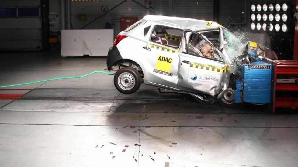 KATASTROFALT: Små overlevelsessjanser i tilfelle frontkollisjon i en Datsun Go - det er rett og slett ikke bra nok, ifølge Global NCAP. Foto: GLOBAL NCAP