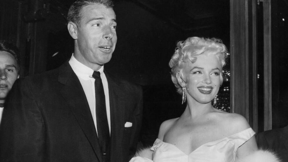 VAR GIFT: Blant gjenstandene som auksjoneres bort, er brev fra Marilyn Monroes eksmann Joe DiMaggio. Foto: NTB Scanpix