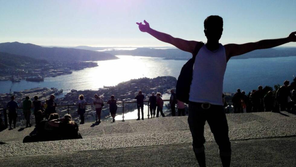 LEVER I SKJUL:  Den 25-årige afghanske asylsøkeren lever nå i skjul et sted i Norge, av frykt for å bli sendt ut av landet. Dette til tross for at FNs menneskerettskomité oppfordrer norske myndigheter om å la ham være i Norge inntil de får behandlet saken hans. Foto: Privat