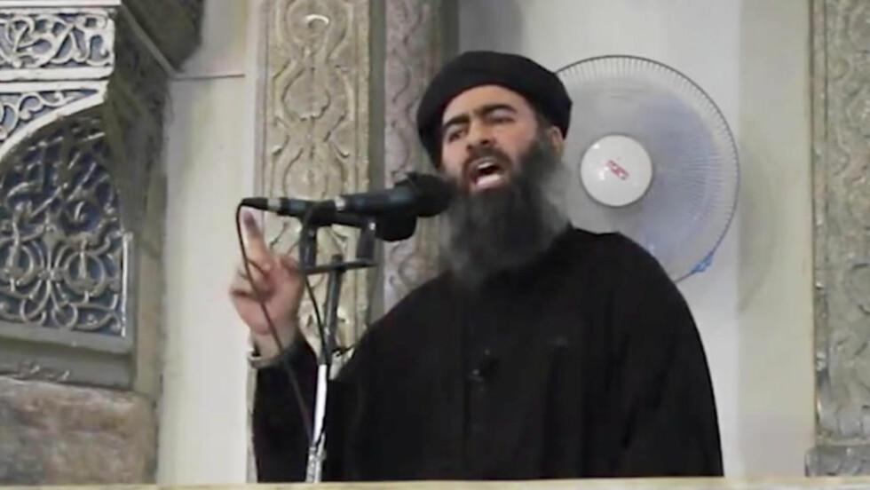 NYTT OPPTAK: Terrorgruppa IS har frigitt det som skal være et ferskt opptak av terrorgruppas leder Abu Bakr al-Baghdadi. Opptaket ble gjort tilgjengelig gjennom sosiale medier. Foto: AP
