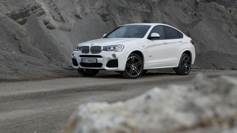 BMW X4: Coupé-SUV-en for deg som synes X5 er for stor, og X3 for ordinær.   Foto: KNUT ARNE MARCUSSEN / AUTOFIL / DINSIDE.NO