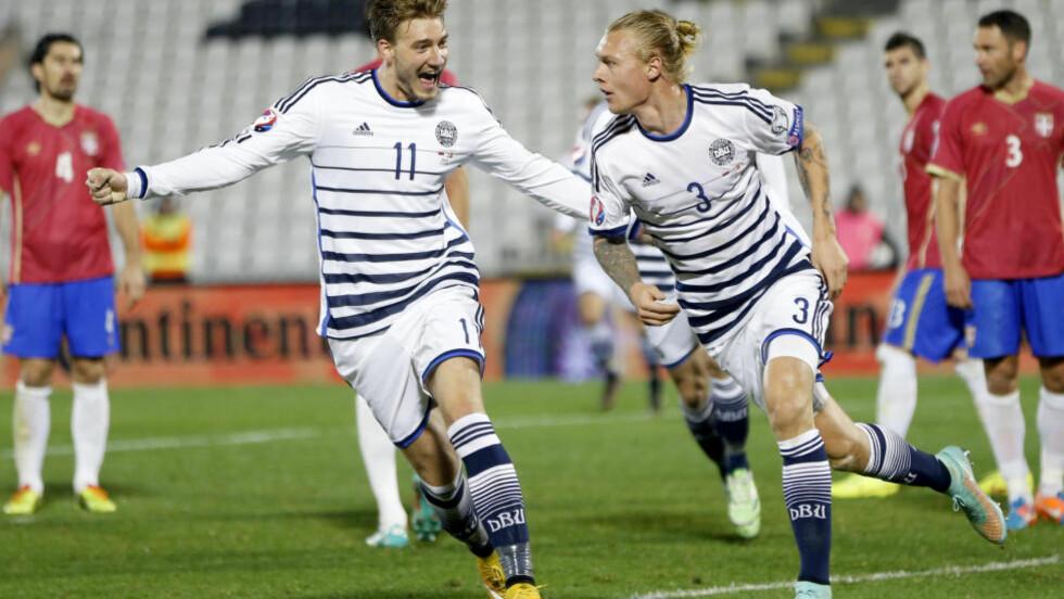 SCORET: Simon Kjær og Nicklas Bendtner scoret målene i Danmarks 3-1-seier borte mot Seriba. Foto: REUTERS/Marko Djurica
