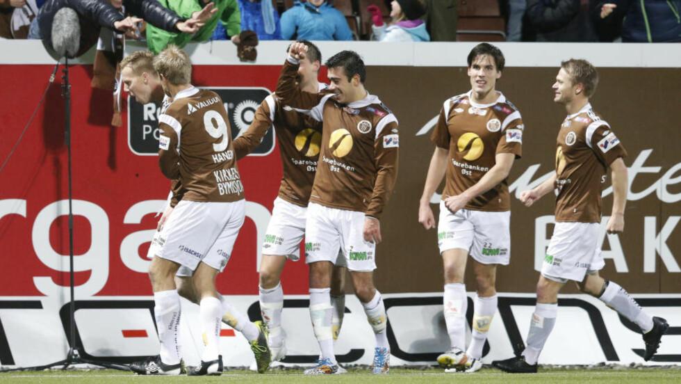 MØTER BRANN: Mjøndalen vant 4-1 over Bærum etter en dramatisk kamp, og skal møte Brann to ganger, for å avgjøre hvem som får den siste plassen i Tippeligaen neste år.  Foto: Terje Bendiksby / NTB Scanpix