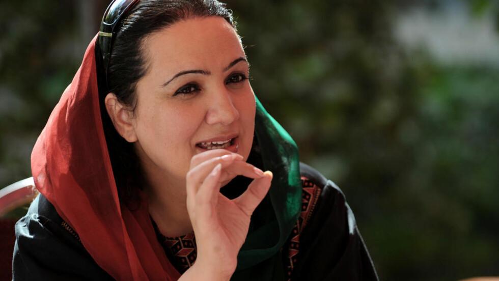 OVERLEVDE Shukria Barakzai. Foto: AFP PHOTO/SHAH Marai/NTB-Scanpix
