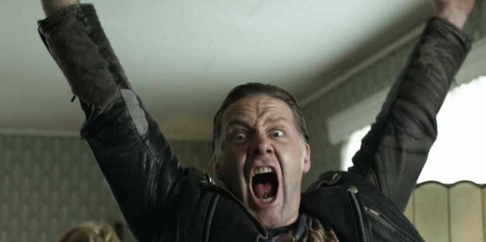 REMAKE: Actionkomedien «Arme riddere» fra 2011 blir å se i amerikansk versjon. Her Mads Ousdals karakter Thor. Foto: Fantefilm