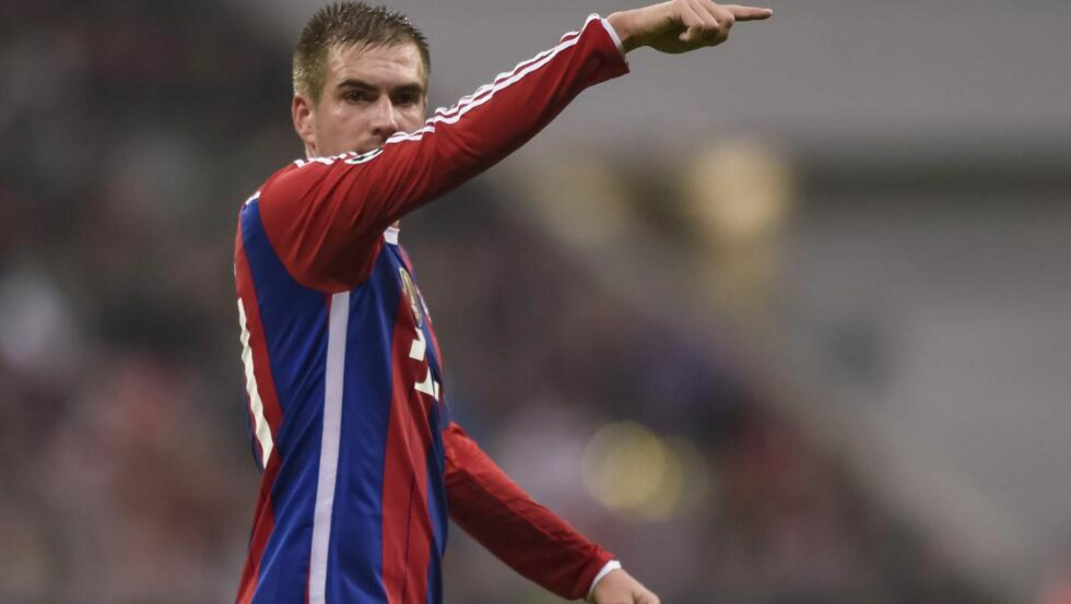 UKJENT OMFANG: Bayern München-nøkkelspiller Philipp Lahm pådro seg en stygg skade på trening i dag. Foto: AFP  / GUENTER SCHIFFMANN / NTB SCANPIX