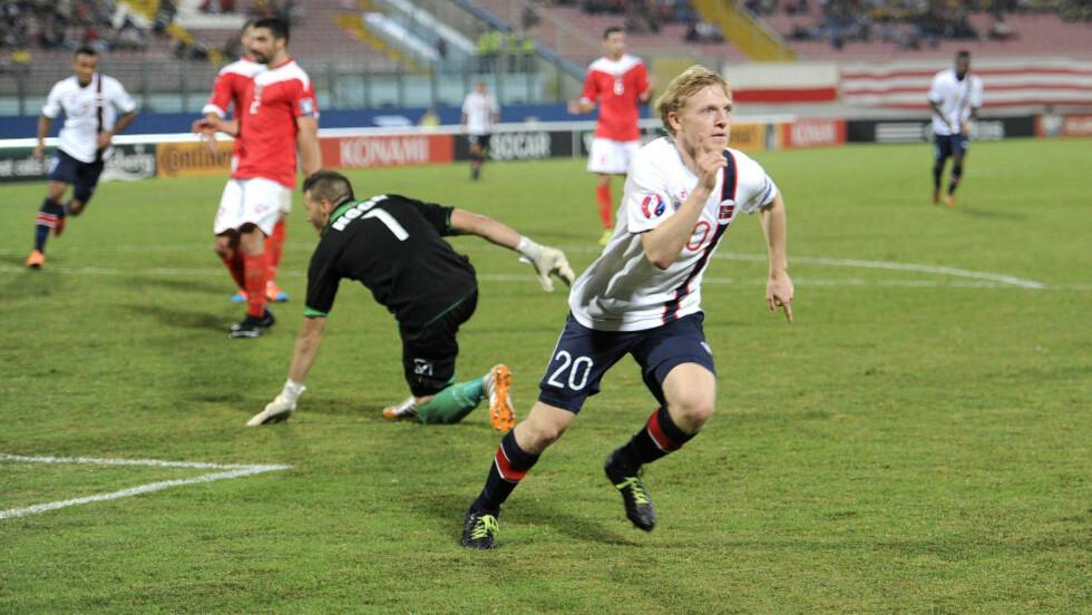 VELDIG GODKJENT: Mats Møller Dæhli i aksjon under kampen mot Malta som Norge vant 3-0. Foto: Terje Pedersen / NTB scanpix