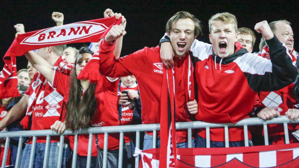 KLATRER: Brann-supporterne har mobilisert, og klubben klatret på sammenlagtlisten i Klubben i mitt hjerte.  Foto: Jan Kåre Ness / NTB Scanpix