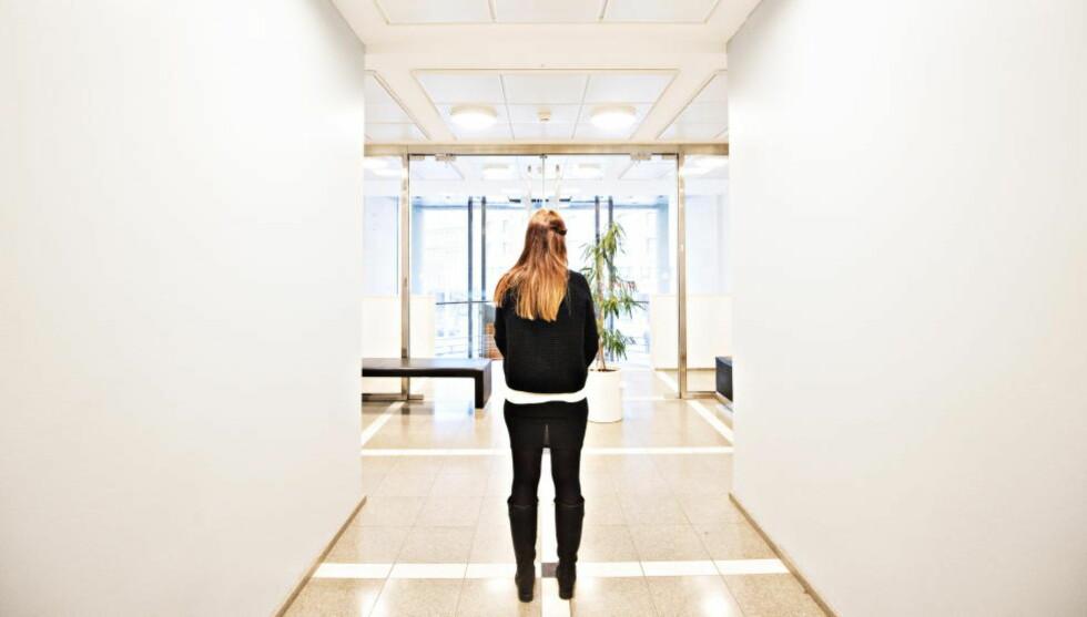 VIL IKKE MØTE EKSSAMBOEREN: En tidligere samboer av den 37 år gamle TV-danseren forklarte seg i Oslo tingrett i saken mot ham i hele dag. Hun beskriver en manipulerende og voldelig mann som ikke godtok et nei. Foto: Hans Arne Vedlog  / Dagbladet