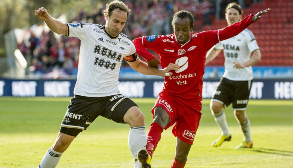 KJEMPER I TOPPEN:  Rosenborg og Brann kjemper begge i toppen i kåringen av klubben i mitt hjertet. Her med Tore Reginiussen (tv.) og Amin Askar fra sommerens møte på Lerkendal. Foto: Ned Alley / NTB scanpix
