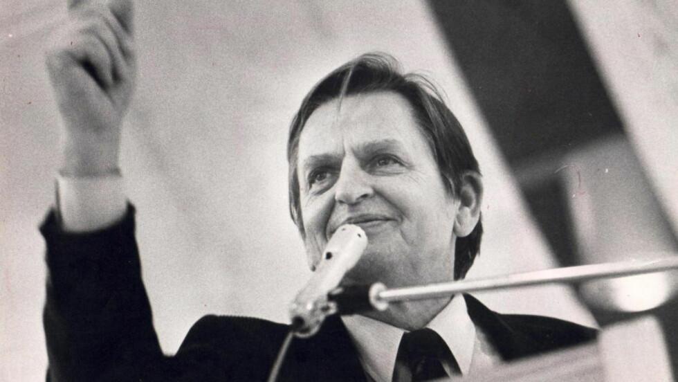PALME-DRAPET:  Olof Palme ble skutt og drept den 28. februar 1986. Under en ulovlig overvåkning av en russisk diplomat forsnakket seg om at Sovjet visste om drapet på forhånd. Den svenske regjeringen la imidlertid lokk på saken i 1990.   Foto: Odd Wentzel / Dagbladet