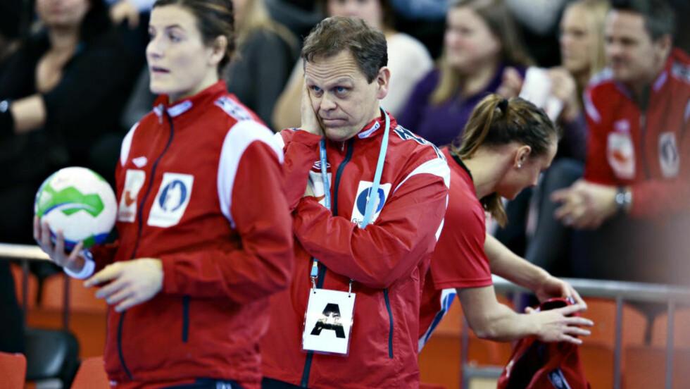 TAPTE: De norske håndballjentene var helt på felgen, slo tilbake, men falt mot Danmark i EM-oppkjøringen. Det ble 21-24-tap torsdag. Foto: Bjørn Langsem / Dagbladet