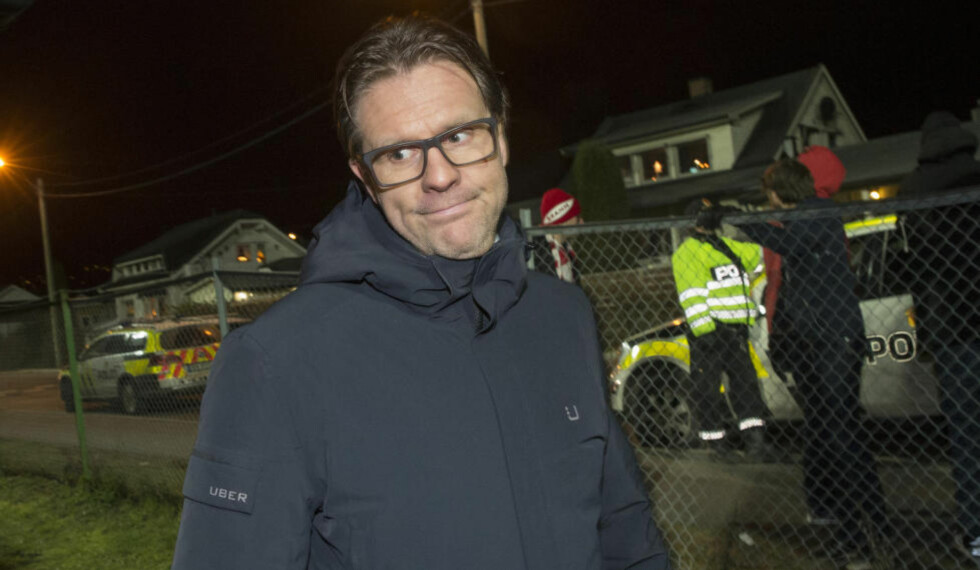 TANKEFULL: Det var ikke lett å tolke ansiktsuttrykket til Rikard Norling da han forlot Mjøndalen Stadion etter nedrykket. I dag ble fiaskosesongen styrebehandlet. Foto:  Foto: Terje Bendiksby / NTB Scanpix
