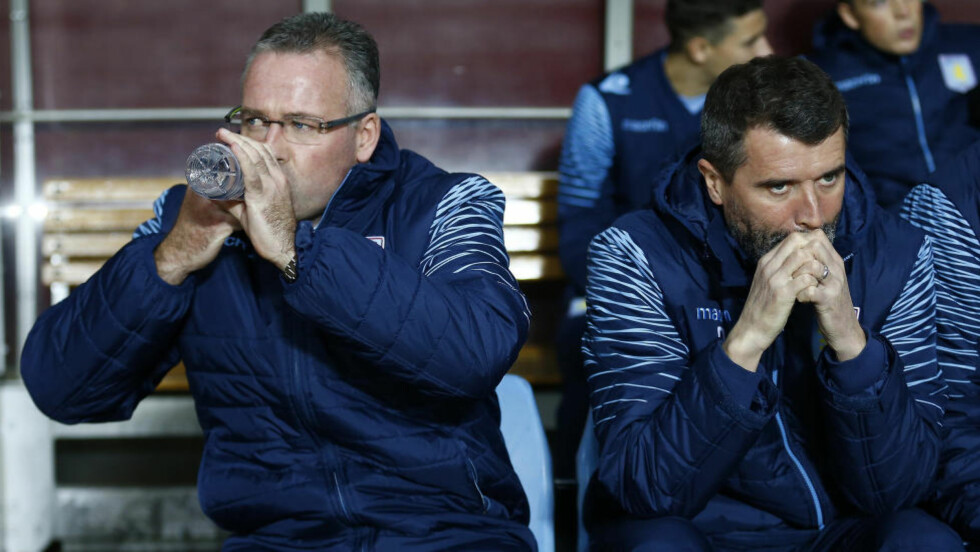 GIR SEG:  Roy Keane (t.h) slutter som Paul Lamberts assistent. Foto: REUTERS/Darren Staples
