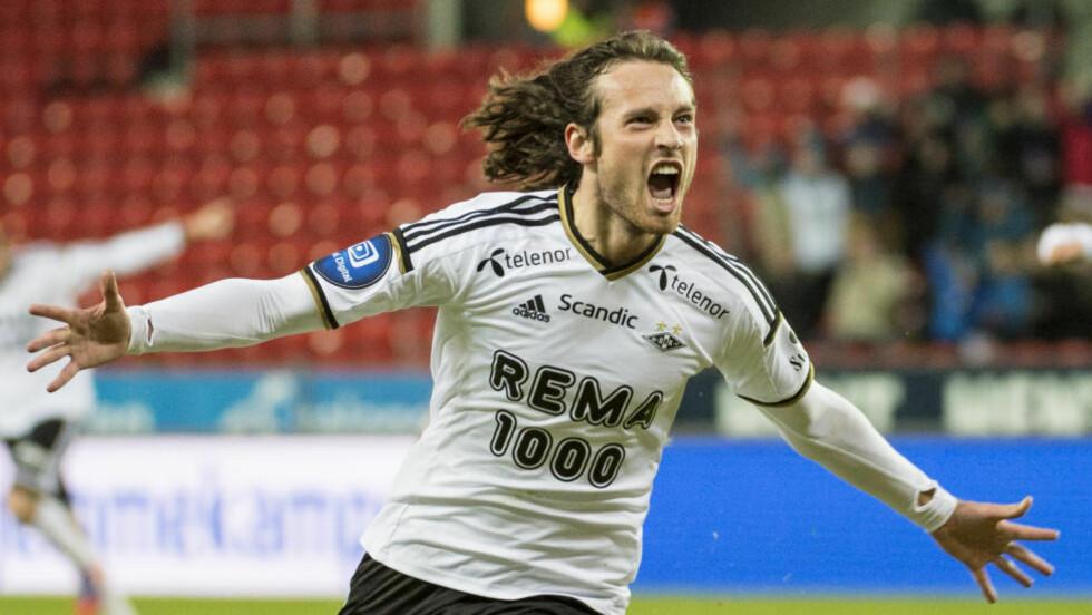 SOLGT HUSET: Mikkel Diskeruds (24) kontrakt med Rosenborg går ut ved nyttår. Den amerikanske landslagsspilleren har tidligere uttalt at han kan være interessert i å forlenge kontrakten med trønderne, men at han ville vente til å se hva klubben gjorde på trenersiden.  Foto: Ned Alley / NTB scanpix