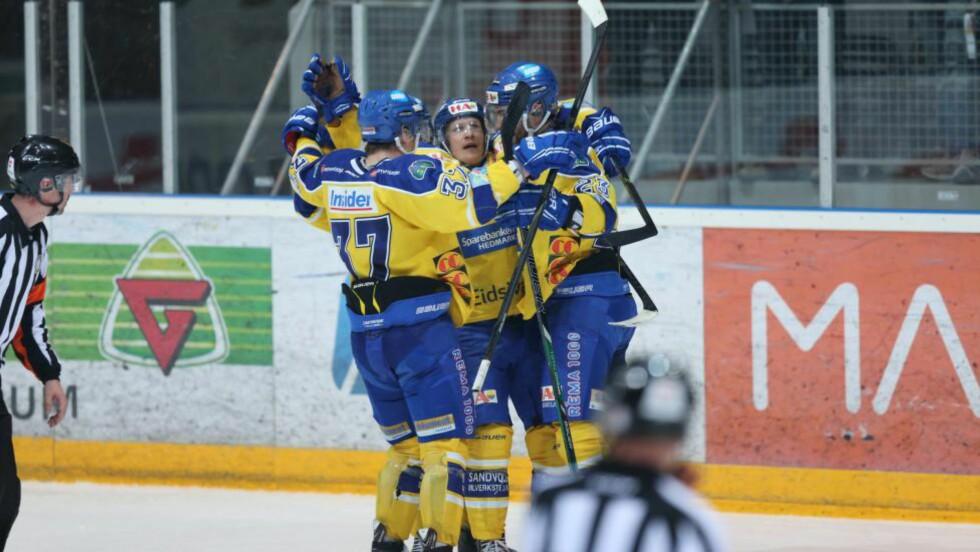 VANT: Storhamar Dragons satte serielder Stavanger Oilers på plass i 2-1-seier i Stavanger i kveld. Her fra NM-semifinalen i fjor. Foto: Geir Olsen / NTB scanpix