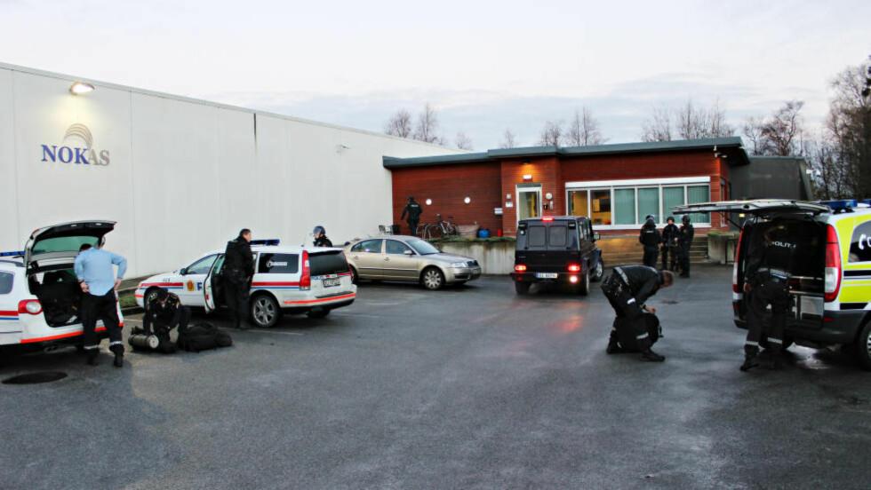 PÅGREPET: Mann (24) sa han skulle levere julegave til Nokas ved Stavanger, var bevæpnet med to våpen. Foto: Ronny Hjertås