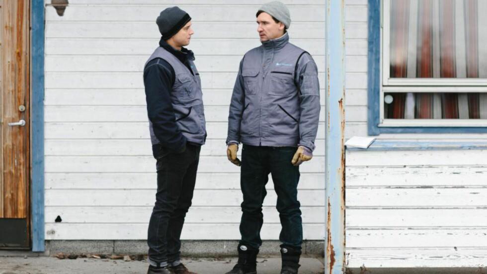 SKATTEKAMPEN: Tomasz (Bartek Kaminski) og Serafin (Jakub Kamienski). Foto: Thomas Ekström/NRK
