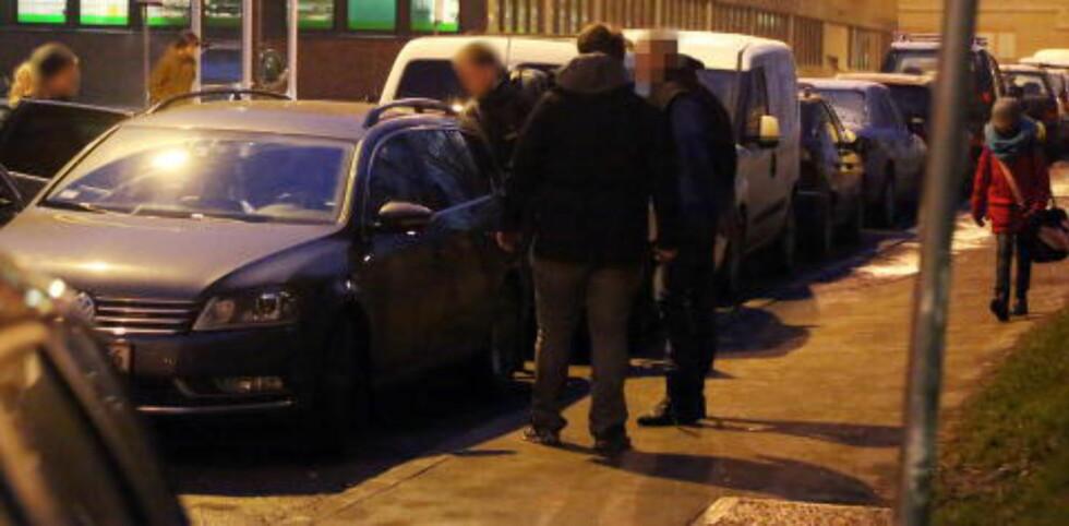 PÅGREPET: Politiet slo til mot en adresse på Tøyen i 07.30-tida i dag. Foto: Frank Karlsen / Dagbladet