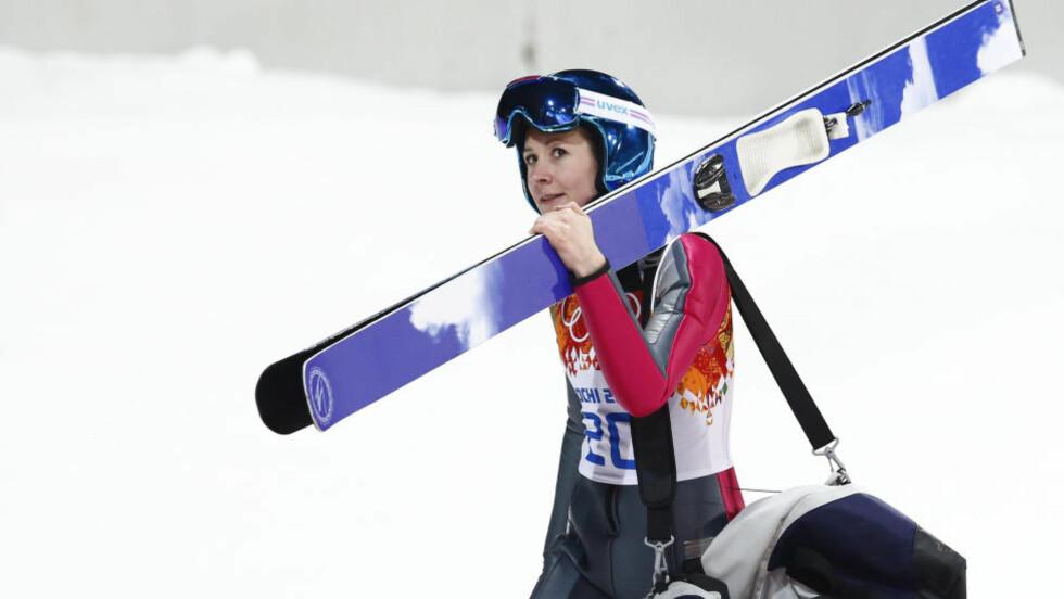 LEGGER SKIENE PÅ HYLLA: Skihopperen Helena Olsson Smeby vil prioritere familie, men utelukker heller ikke at hun kommer tilbake i skibakken. Foto: Heiko Junge / NTB scanpix