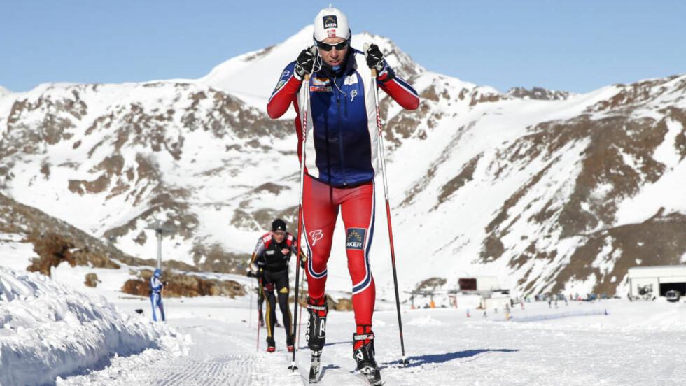 <strong>USIKKER:</strong> Eldar Rønning er syk, og må kanskje stå over helgas verdenscup i Lillehammer. - Jeg tror det må være et slags virus, sier Rønning til Levangeravisa.  Foto: Cornelius Poppe / NTB Scanpix