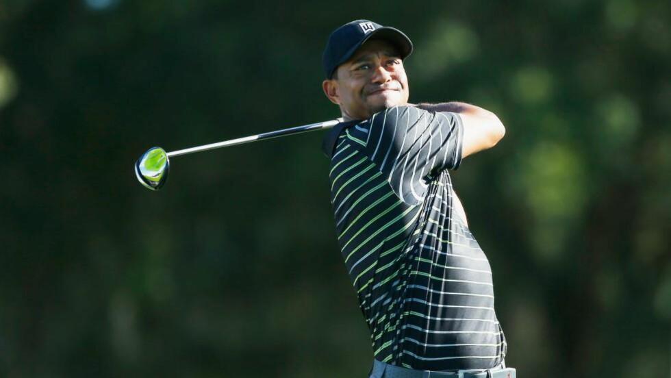 TILBAKE: Tiger Woods var torsdag tilbake på golfbanen etter fire måneders skadeavbrekk. Comebacket gikk ikke som han hadde håpet. Foto: Scott Halleran / Getty Images / AFP / NTB Scanpix