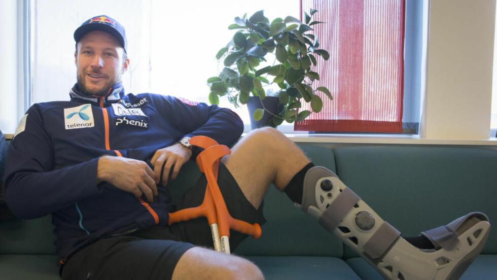 SKADET: Aksel Lund Svindal har fått en ny skade. Alpinstjernen har brukket et ribbein. Foto: Torstein Bøe / NTB scanpix
