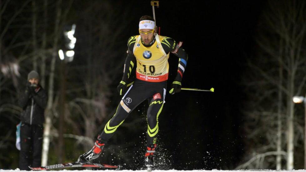 SLO TILBAKE: Martin Fourcade endte på 81. plass på onsdag, i dag slo han tilbake, og vant suverent i Östersund.  Foto: EPA/Marcus Eriksson / NTB Scanpix