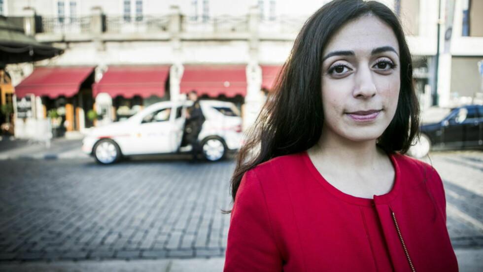 FARVEL TIL VÅPNENE: Hadia Tajik, som leder Stortingets justiskomité, sier Ap ønsker å bevare dagens ordning med fremskutt lagring av våpen i bilene. Foto: Christian Roth Christensen / Dagbladet