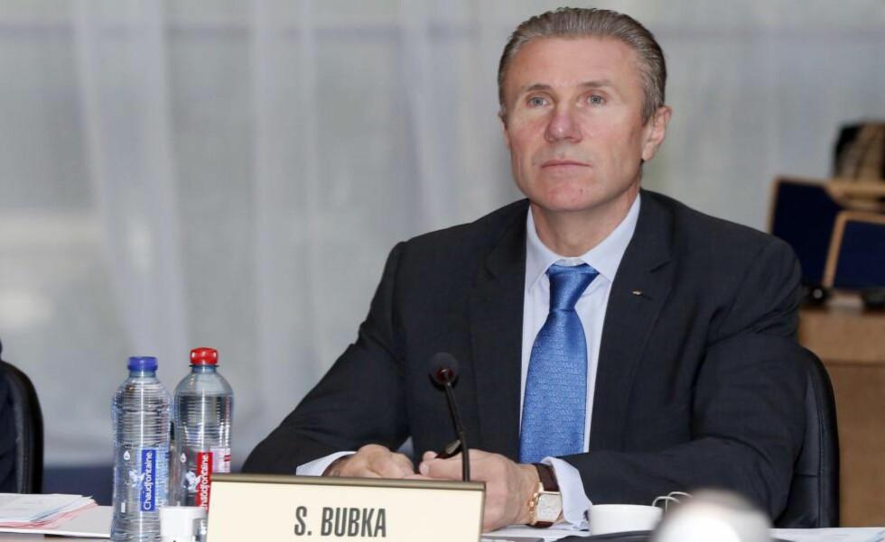 VIL TA TAK: IOC-medlem og stavhopplegende Sergej Bubka er sjokkert over dopingpåstandene mot russiske idrett. Selv er han ukrainsk. Foto: AFP PHOTO / VALERY HACHE / NTB Scanpix