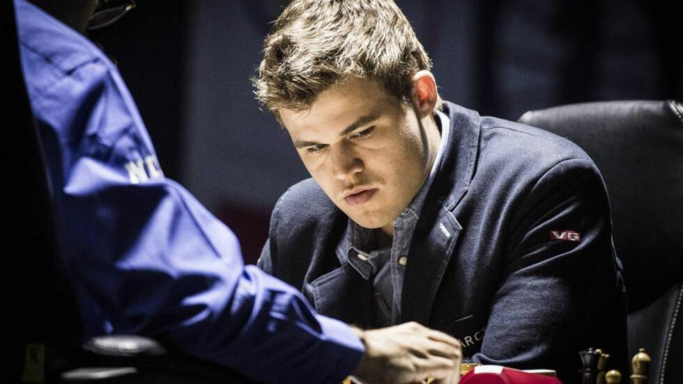 EN PÅKJENNING: Det var ikke bare Magnus Carlsen sjakk-VM var en påkjenning for. Foto: Lars Eivind Bones