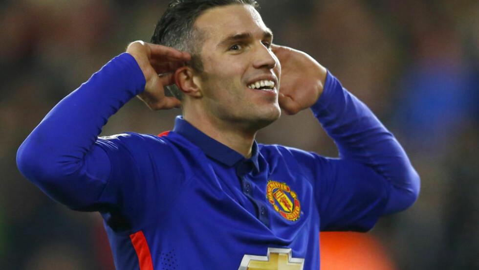 SCORET TO: Robin van Persie var den store beholdningen for Manchester United i 2-1-seieren over Southampton. REUTERS/Andrew Winning