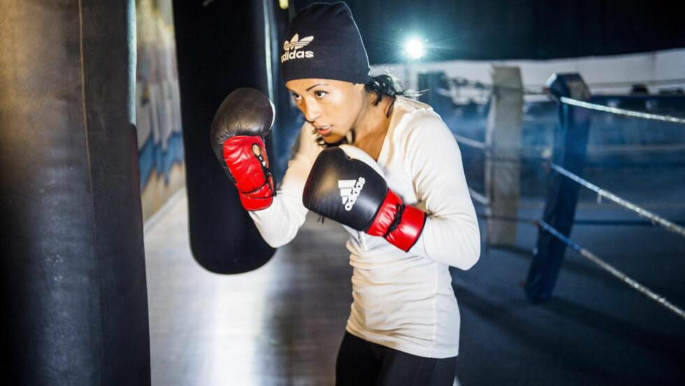 BOR I BERLIN: Cecilie Brækhus på gymmen i Berlin, der hun trener til daglig. Foto: Lars Eivind Bones / Dagbladet
