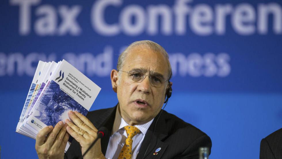 NY OECD-RAPPORT: Inntektsgap og økte forskjeller er en hindring for økt vekst, sa OECDs generalsekretør Angel Gurría da han la fram en ny rapport i London. Foto: Hannibal/ REUTERS/