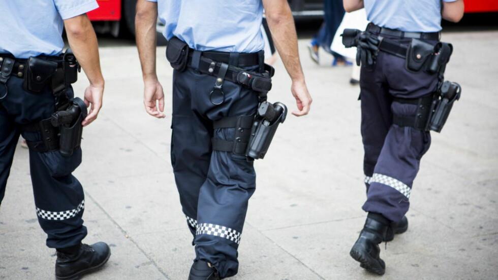 POLITIET VIL IKKE HA DET SELV: Politidirektoratet gjør det i sin høringsuttalelse om bevæpning det klart at de mener det ikke er behov for fast bevæpning av politiet i Norge. Foto: Christian Roth Christensen / Dagbladet