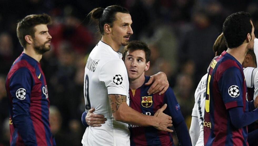 BRÅK ETTER KAMPEN: PSGs Zlatan Ibrahimovic og Barcelonas Lionel Messi ga hverandre en klem etter kampen i går, men blant fansen ble det bråk etter kampen. To PSG-fans havnet på sykehus etter knivskader, og det spanske  fotballforbundet jobber med å strenge inn regelverket for voldsepisoder.  FOTO: AFP PHOTO/ LLUIS GENE