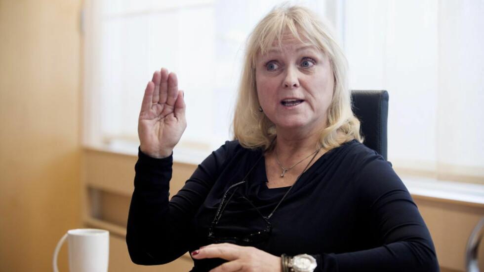 HOLDER TILBAKE PENGER: Kulturminister Thorild Widvey stanser flere millioner kroner til Norsk teaterråd på grunn av regnskapsrot. Foto: Øistein Norum Monsen
