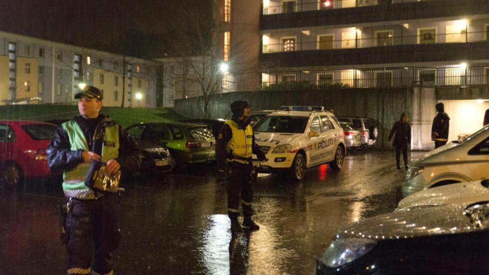 FUNNET DØD: En 62 år gammel mann ble i går kveld funnet død i en leilighet i Loddefjord i Bergen. Foto: Trond Erik Brekke / NTB scanpix